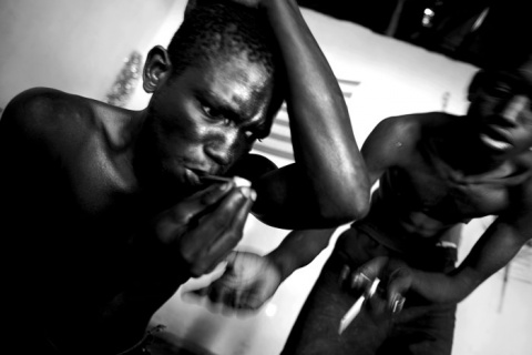 I Nagroda 53. edycji World Press Photo w kategorii: General News Stories, Marco Vernaschi, Italy, for Pulitzer Center Guinea Bissau